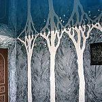Барельефы деревьев, образующие арки